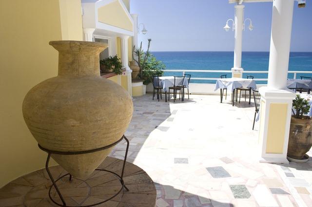 amphora-1690_640