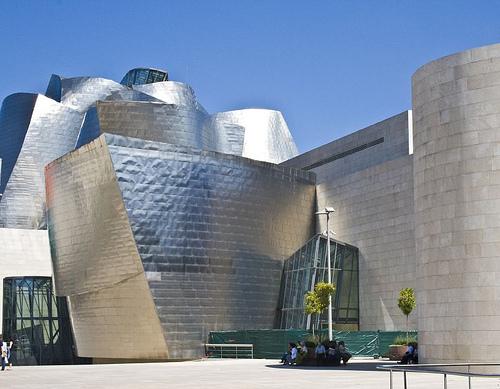 Guggenheim, Bilbao, Espanja. Kuva: Eoin McNamee, Flickr.com.