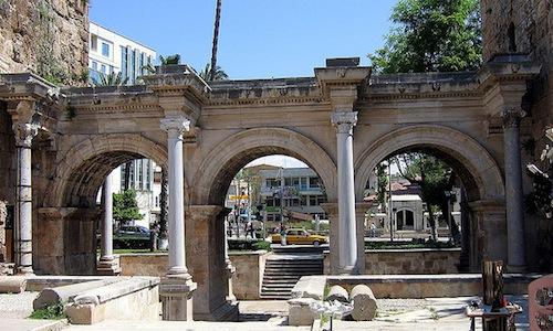 Hadrianuksen portti