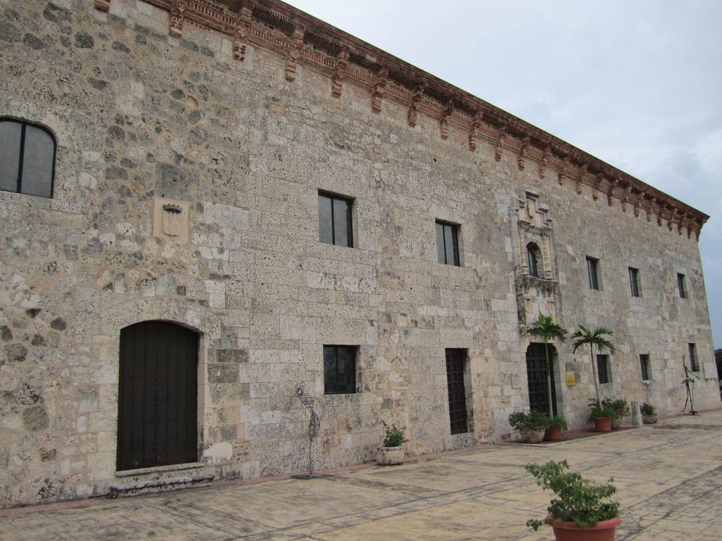 casas-reales-giuseppe-portale-1024px